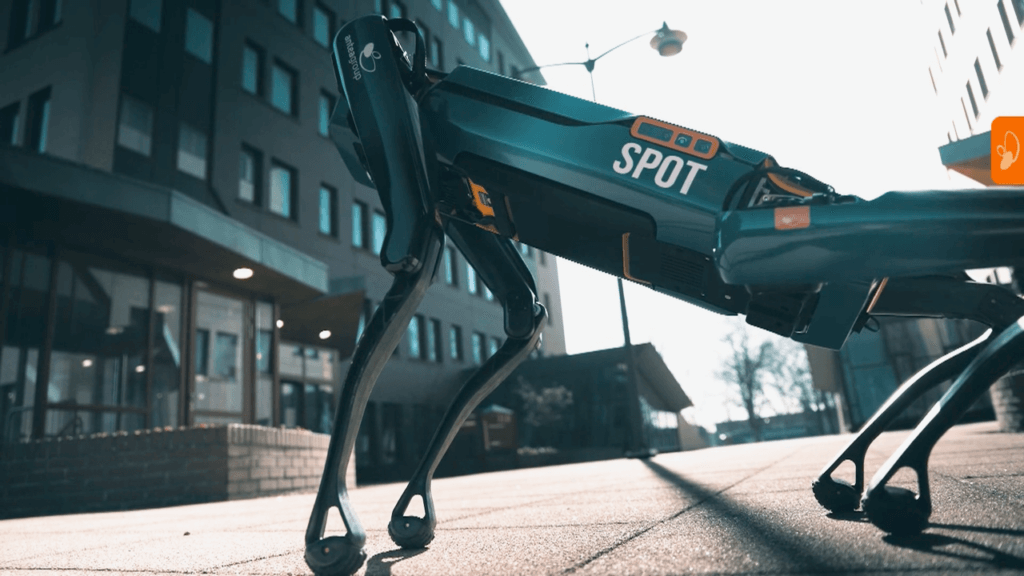 AG_Spot_robothond_persbericht